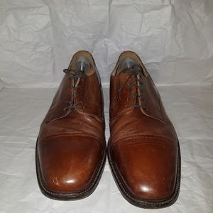 Johnston & murphy Cap toe shoes sz13M